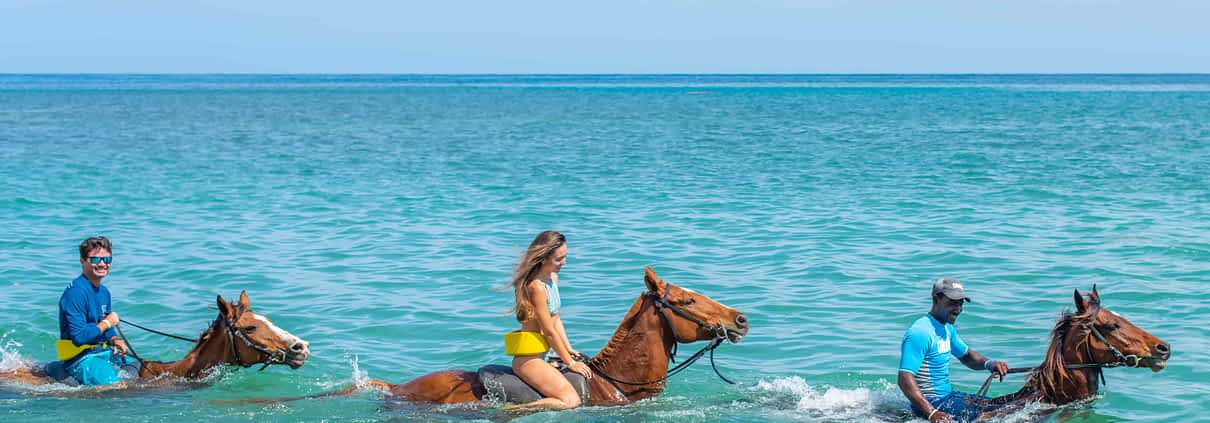 Jamaica villas offers activities