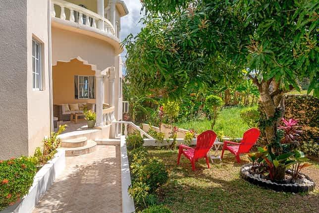 Jamaica Ocean View -plenty of space to relex