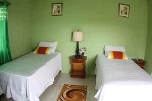 twin bed room in Jamaica villa