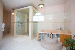 Jamaic a villa master bathroom