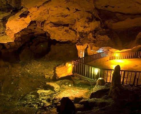 Green Grotto Caves In Jamaica