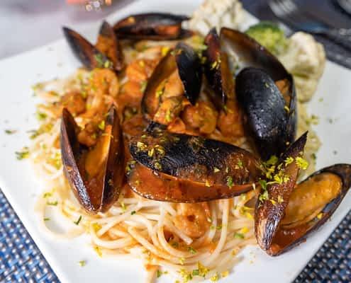 Jamaica villa all-inclusive meal
