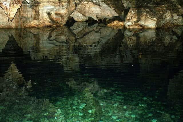Jamaica green grotto cave adventure
