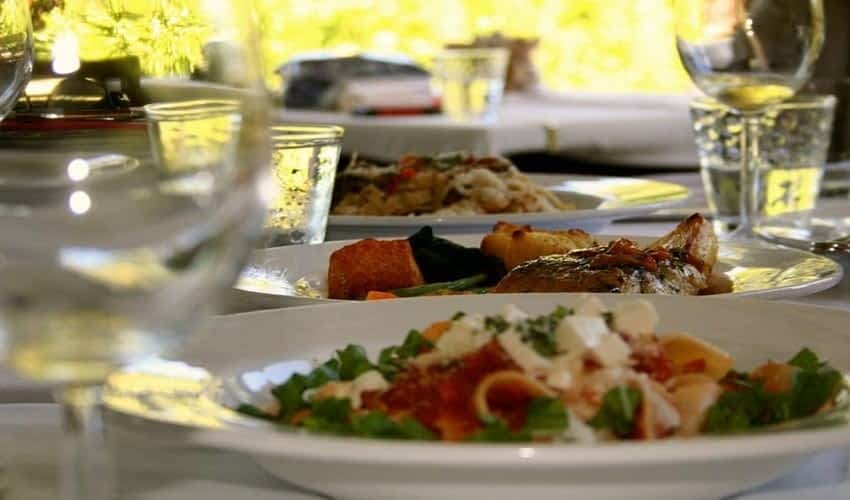 choices of restaurants in Ocho Rios for villa serenity guests